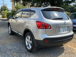 Nissan Dualis rear left picture