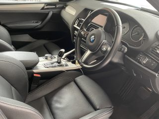 Leather seats and steering wheel picture of the 2017 BMW X3