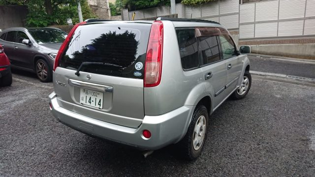 2003 Nissan XTrail 4WD rear right image